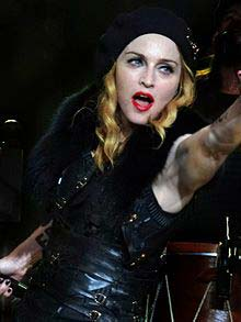 Madonna wedding - vooxpopuli.com