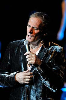 Is Michael Bolton Gay? - vooxpopuli.com