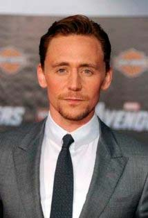 Is Tom Hiddleston Gay? - vooxpopuli.com